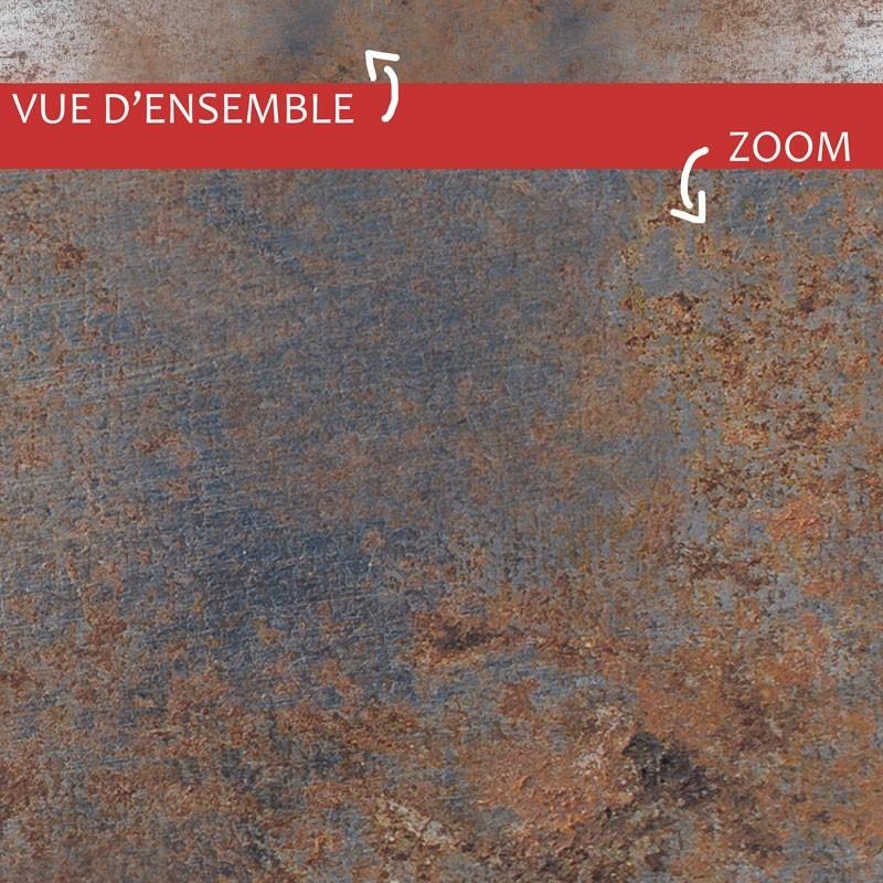 """Vue d'ensemble et zoom sur plinthe PVC adhésive """"Full Métal"""""""