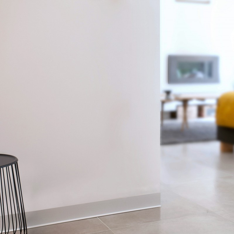 plinthe d corative en pvc facile d couper et poser alu bross 99 d co. Black Bedroom Furniture Sets. Home Design Ideas