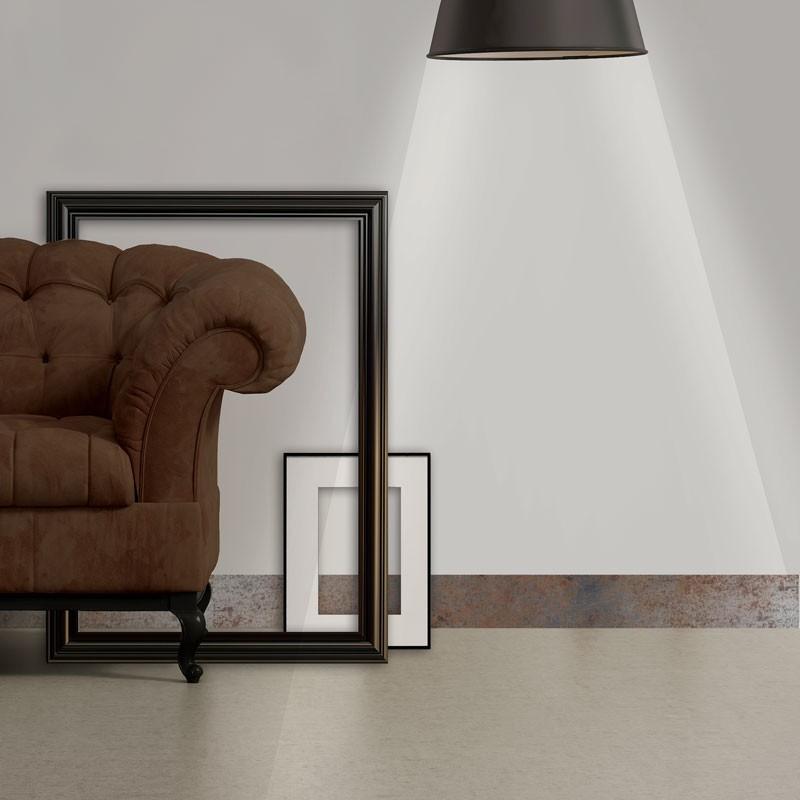 Rénover une maison facilement avec des plinthes adhésives décoratives